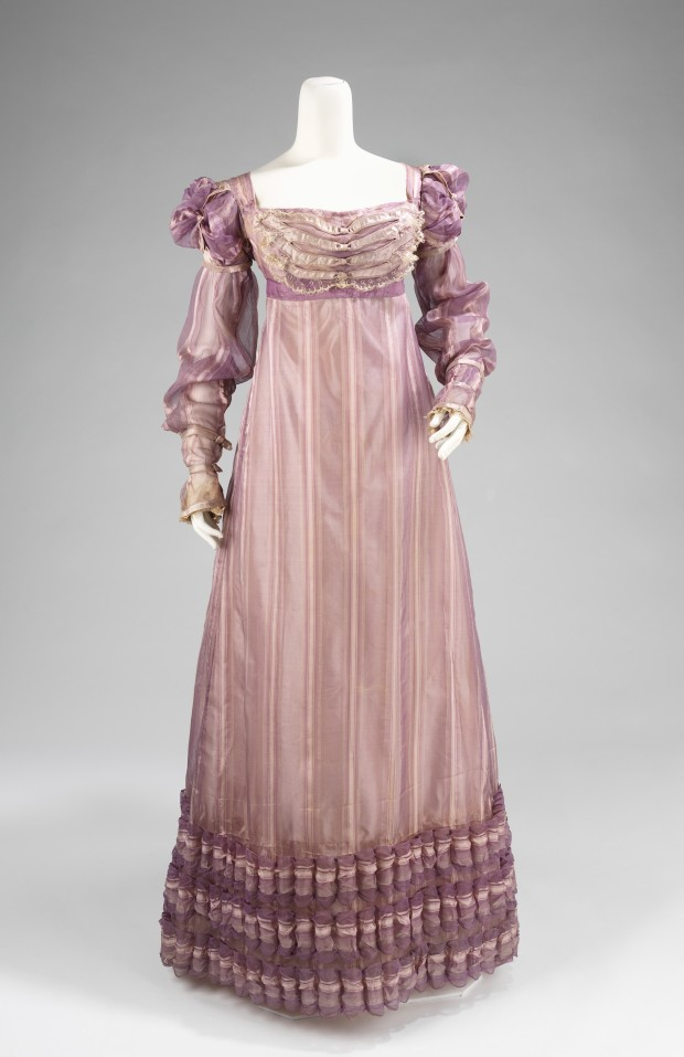 1820 American Silk Ball Gown.(Image via Met Museum.)