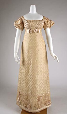 1822 British Silk Dress.(Image via Met Museum)