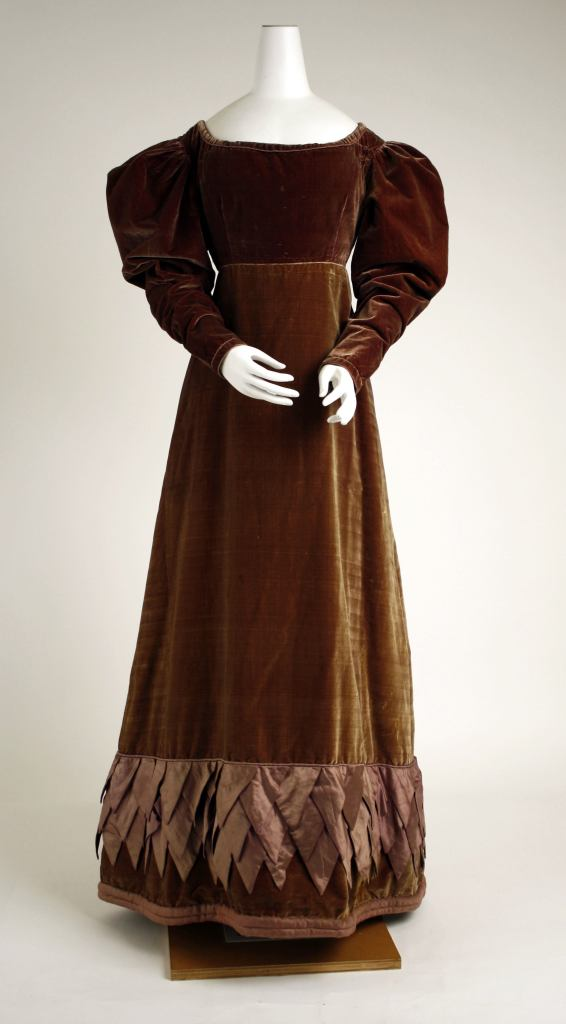 1825 British Dress.(Image via Met Museum.)
