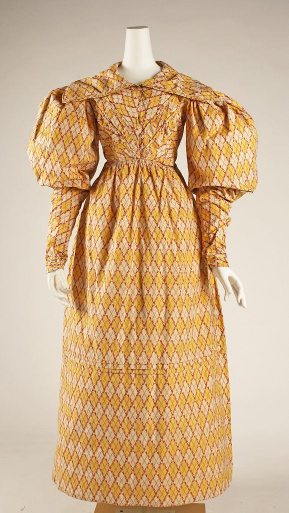 1826-27 British Cotton Dress.(Image via Met Museum.)