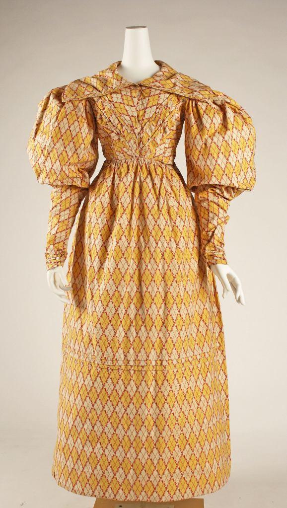 1826-27 British Cotton Dress.(Image via Met Museum.)
