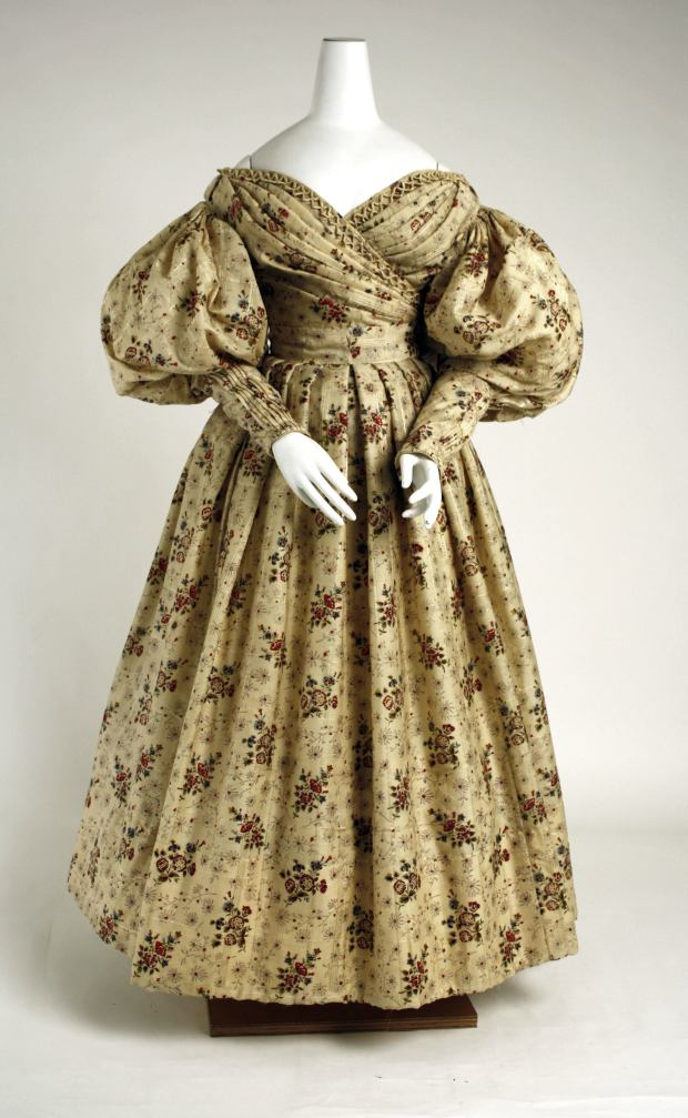 1835 American Wool and Silk Afternoon Dress.(Image via Met Museum)