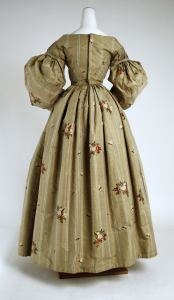 1836 British Silk Dress.(Image via Met Museum)