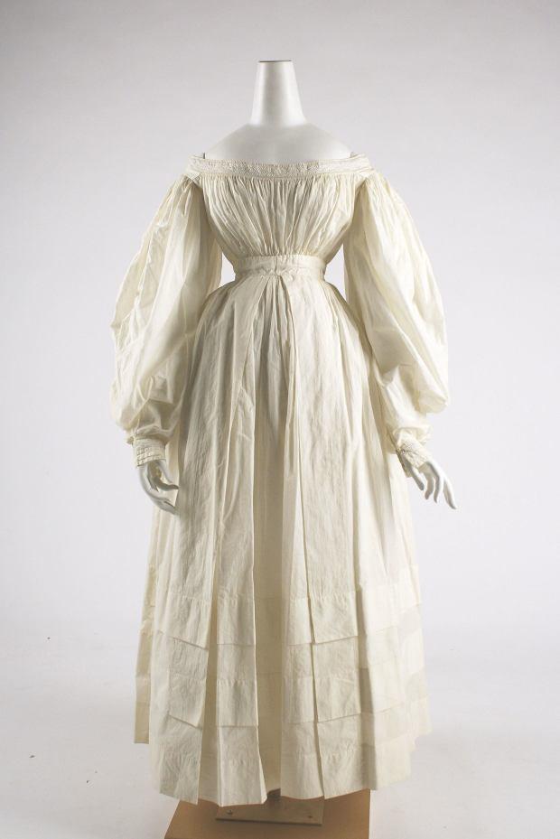 1838 British Cotton Day Dress.(Image via Met Museum)