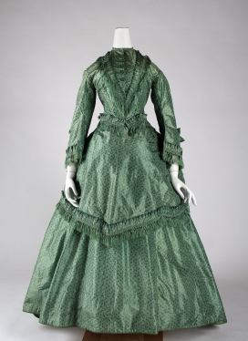 1870 British Silk Dress.(Image via Met Museum)