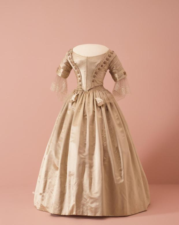 1842 British Silk Three-Piece Gown.(Image via National Gallery of Victoria, Melbourne)
