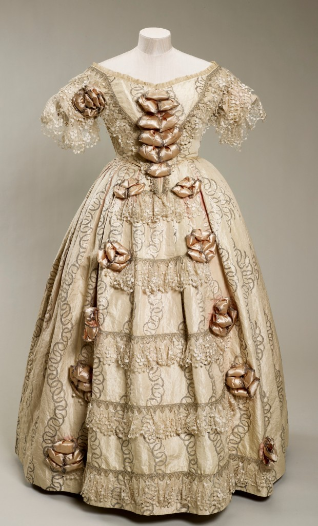 1851 Silk Dress worn by Queen Victoria to the opening of the Great Exhibition.(Image via Royal Collection Trust)