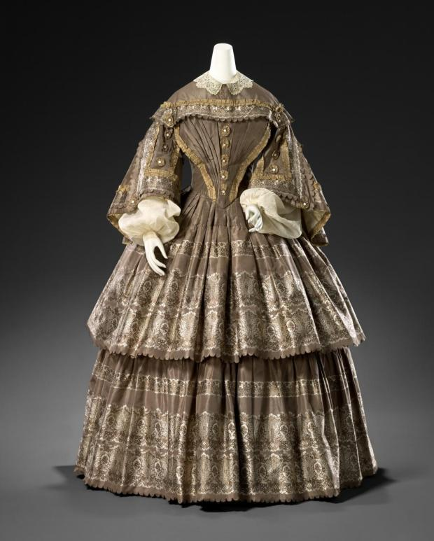 1855 British Silk Carriage Dress.(Image via National Gallery of Victoria)