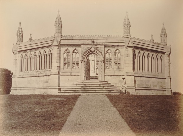 Monument erected at Cawnpore in 1863 at the Site of the Bibighar Well.(Image via Leiden University)