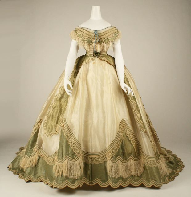 1865 French Silk Ball Gown.(Image via Met Museum)