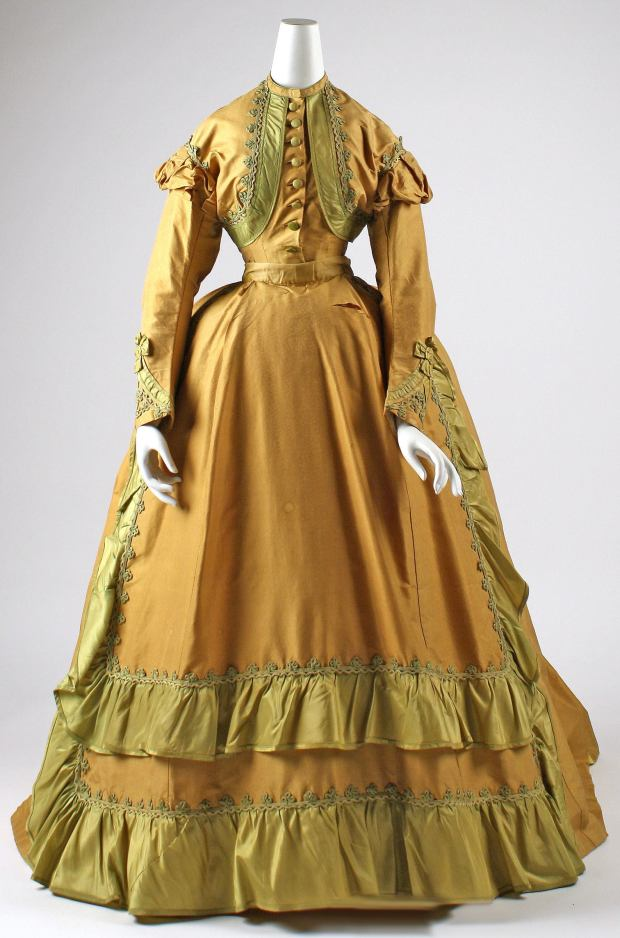 1866 French Silk Afternoon Dress.(Image via Met Museum)