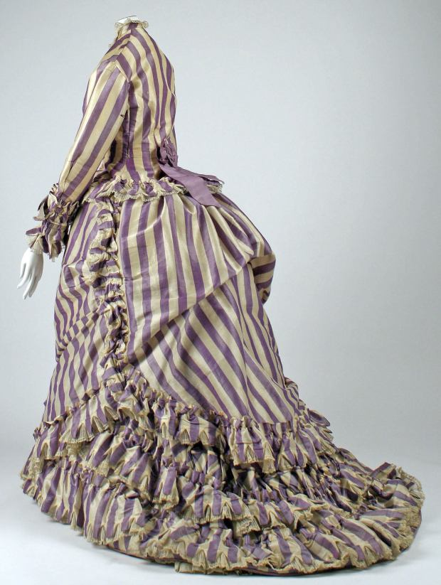 1867 French Silk Visiting Dress.(Image Met Museum)