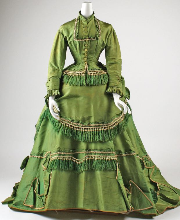 1868 American Silk Dress.(Image via Met Museum)