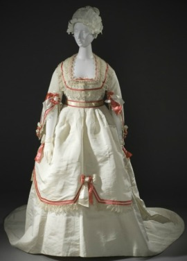 1868 Women's Dress Ensemble.(Image via LACMA)