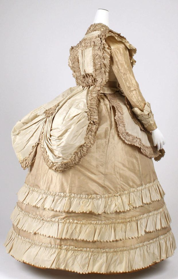Late 1860s Silk Afternoon Dress.(Image via Met Museum)