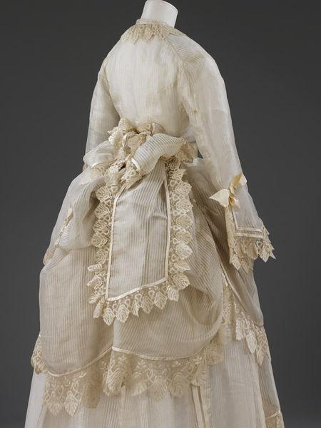 1872-1874 Silk Gauze Wedding Dress.(Image via Victoria and Albert Museum)