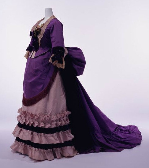 1874 House of Worth Silk Afternoon Dress.(Kyoto Costume Institute)