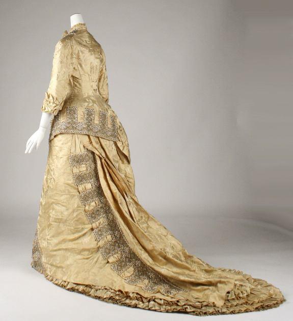 1879 French Dress.(Image via Met Museum)