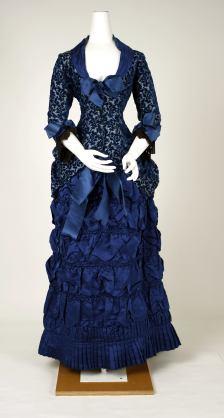 1880-1882 American or European Dinner Dress.<BR)(Met Museum)