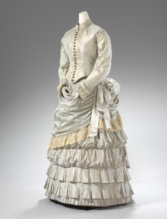 1883 Green Silk Day Dress.(National Gallery of Victoria)