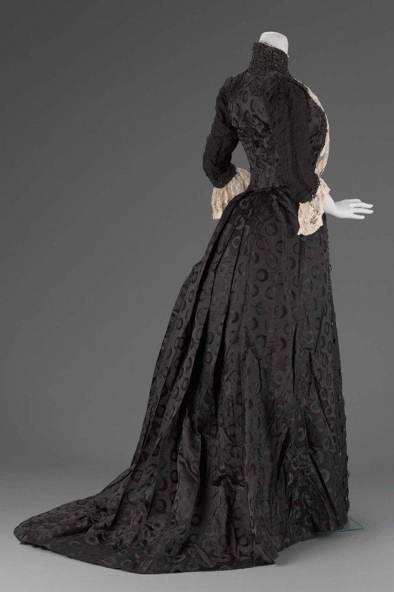 1889 Emile Pingat Silk Satin Damask Dress.(MFA Boston)