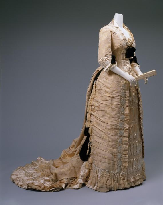 1875-1878 Mon. Vignon Silk Dinner Dress.(Met Museum)