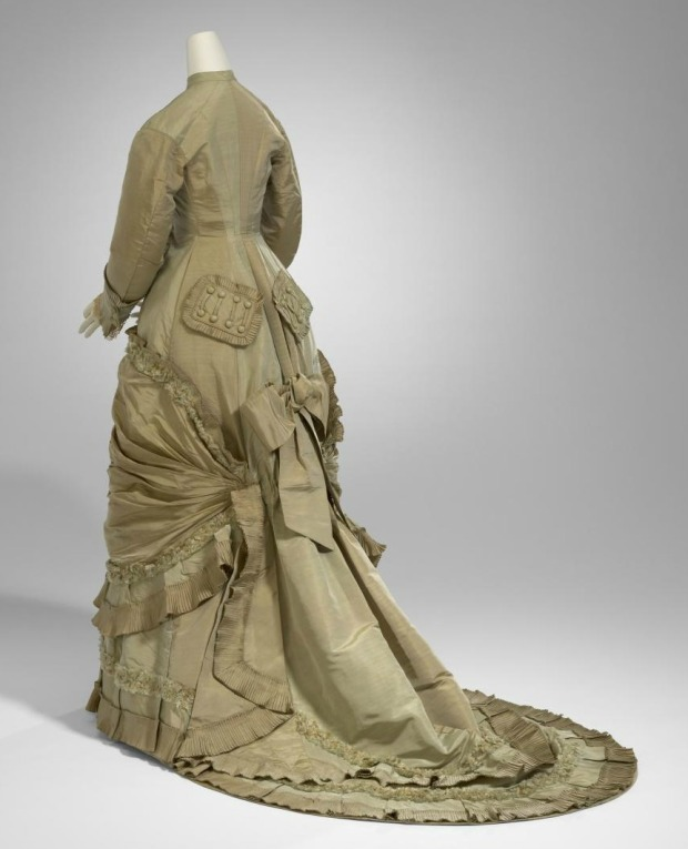 1878 Silk Afternoon Dress.(National Gallery of Victoria)