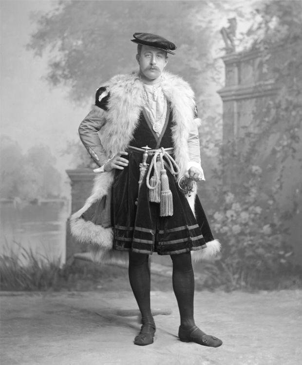 The Duke of Devonshire as an Ambassador after Holbein's picture in the National Gallery, Devonshire House Costume Ball, 1897.(Photo by James Lafayette)