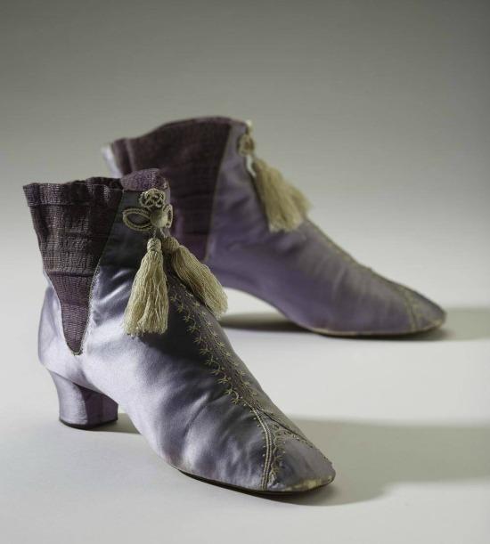 1860s Mauve Boots.(Ron Wood/Bata Shoe Museum)