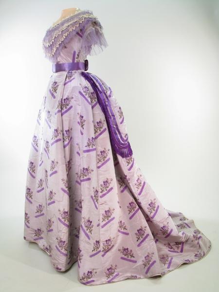 1868-1870 Dress of Mauve Gray Watered Silk.(Manchester Art Gallery)