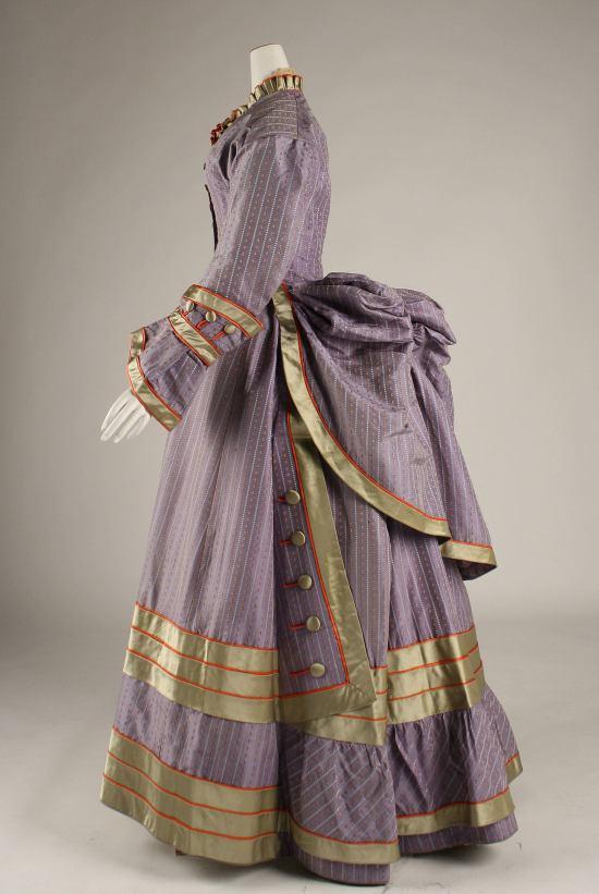 1872-1875 Silk Dress.(Met Museum)