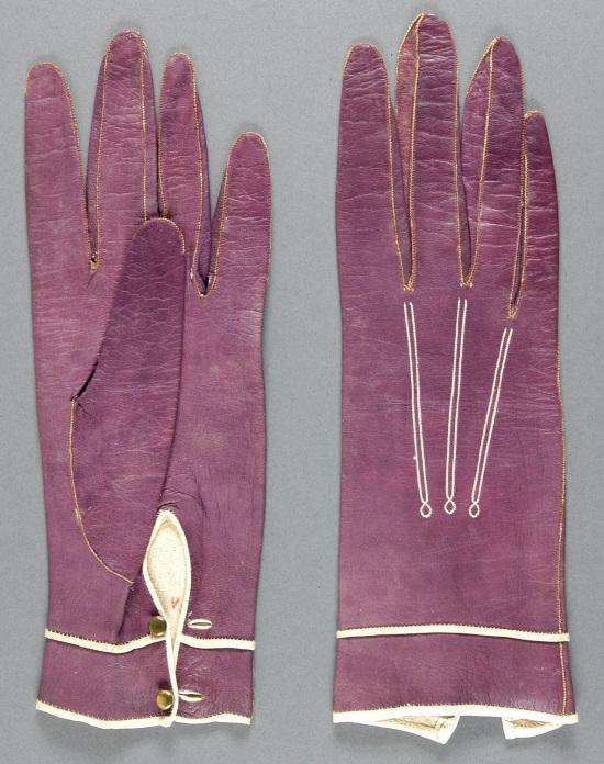 1887 Kid Leather Gloves.(Philadelphia Museum of Art)