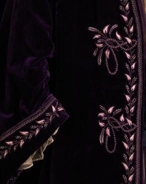 1905 House of Worth Silk Tea Gown.(Met Museum)