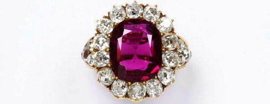 1850 Ruby Set in Gold with Rose-Cut Diamonds.(Victoria and Albert Museum)