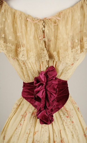 1891-1892 Cotton and Silk Dress.(Met Museum)