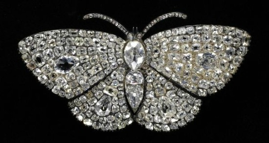 1830-1840 Diamond Butterfly Hair Pin(Victoria and Albert Museum)