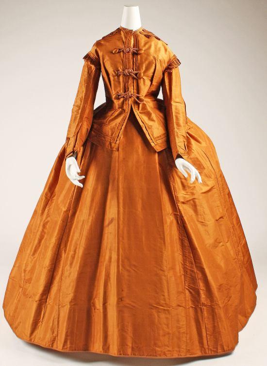 1865-1875 Silk Visiting Dress.(Met Museum)