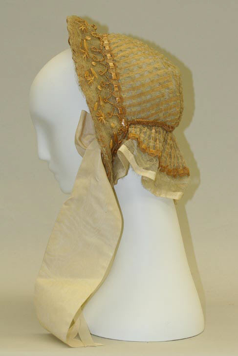 1850 Straw and Silk Bonnet.(Met Museum)