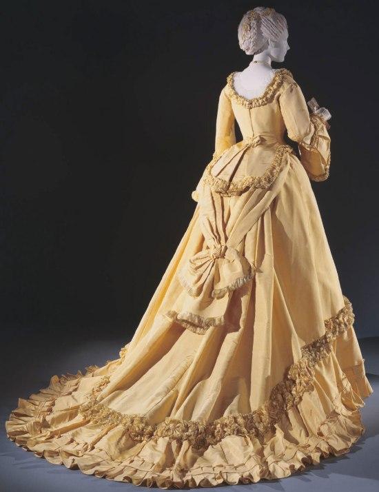 1868 Emile Pingat Silk Faille Dinner Dress.(Philadelphia Museum of Art)