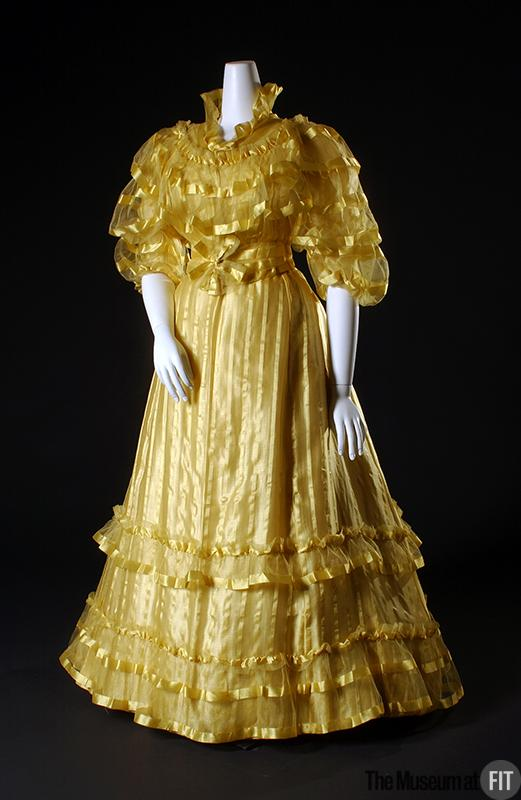 1892 House of Worth Afternoon Dress.(Museum at FIT)