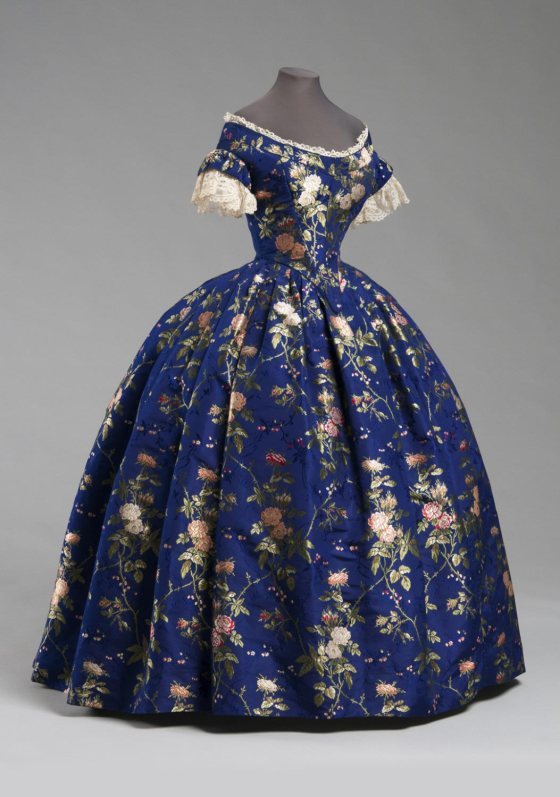 1850 Blue Silk Brocade Evening Dress.(Philadelphia Museum of Art)
